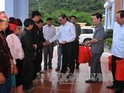 越共中央书记处常务书记黎鸿英莅临河江省调研指导工作