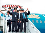 越航飞行员熟练掌握波音787梦幻客机驾驶技术