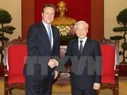 越共中央总书记阮富仲会见英国首相戴维·卡梅伦