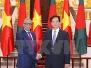 越南政府总理阮晋勇会见孟加拉国总统哈米德