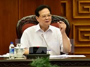 阮晋勇总理:坚持宏观调控把稳定宏观经济为第一目标