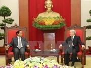 阮富仲总书记会见老挝人民革命党中央检查委员会高级代表团