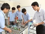 胡志明市劳动力应主动提高素质水平 增强融入国际社会适应能力