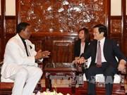 越南国家主席张晋创会见尼日利亚驻越南大使
