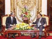 阮春福副总理:越南努力改善投资环境吸引日本等外国投资商