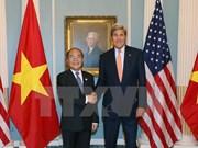 越南国会主席阮生雄会见美国国务卿约翰•克里