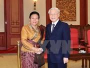 越共中央总书记阮富仲会见老挝人民革命党中央对外部代表团
