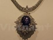 东方珠宝展在新加坡举行