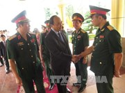 越南政府副总理阮春福莅临第四军区司令部考察指导工作