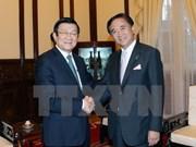 越南国家主席张晋创会见日本神奈川县知事黑岩佑治