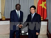 越南政府副总理兼外长范平明会见UNCTAD秘书长穆希萨•基图伊