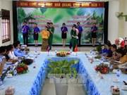 越南昆嵩省与柬埔寨腊塔纳基里省的青年一代加强交流与合作