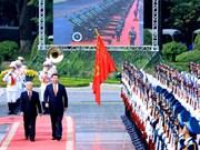 越共中央总书记阮富仲主持隆重仪式 欢迎中共中央总书记习近平到访
