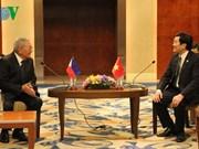 越南国家主席张晋创会见菲律宾众议长贝尔蒙特