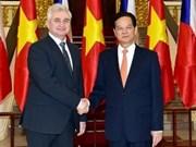 越南政府总理阮晋勇会见捷克参议院议长米兰•什捷赫