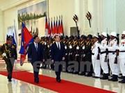 柬埔寨与俄罗斯共同签署六项合作协议