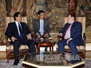 阮晋勇总理会见比利时众议院议长和参议院议长