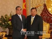越共中央书记处常务书记黎鸿英会见老挝中央书记处常务书记本扬·沃拉吉