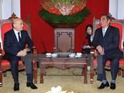 越共中央书记处常务书记黎鸿英会见新阿塞拜疆党代表团