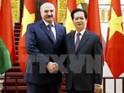 越南政府总理阮晋勇会见白俄罗斯总统卢卡申科
