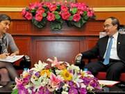 越南祖国阵线中央委员会主席阮善仁会见瑞士新任驻越大使