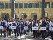 越南首次举办美国数学竞赛近700名学生参加