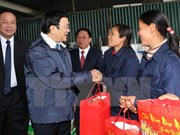 越南国家主席张晋创春节前到兴安省和河南省走访慰问