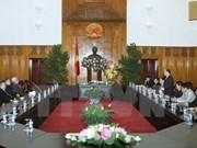 越南各宗教协会向政府领导拜年