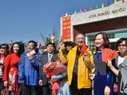 春节假期广宁省芒街口岸出入境旅客猛增