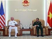 越南人民军队总参谋长杜伯巳大将会见美国太平洋舰队司令