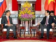 越南国家主席张晋创会见老挝政府副总理宋沙瓦·凌沙瓦