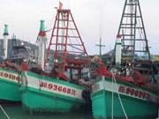 泰国海军再次扣留越南三艘载有33名渔民的渔船