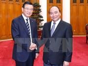 越南政府总理阮春福会见韩国锦湖韩亚集团董事长朴三求