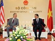 越南公安部长苏林会见美国和澳大利亚驻越大使