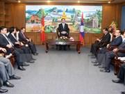 越南国家主席陈大光访问老挝占巴塞省