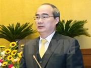 祖国阵线中央委员会主席阮善仁会见越南新任驻外大使与总领事