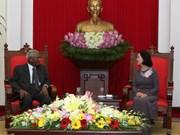 越共中央民运部部长张氏梅会见印度共产党代表团