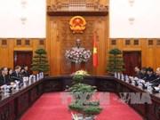 越南政府总理阮春福会见泰国外交部长外交部长敦·帕马威奈