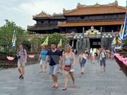 今年上半年旅游业收入总额达逾200万亿越盾