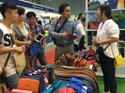 500多家企业参加2016年越南国际鞋类与皮革制成品展览会