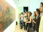 越南历史草图展在胡志明市开展