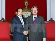 越共中央检查委员会主任陈国汪会见老挝国家监察署高级代表团