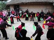 保护瑶族同胞非物质文化价值