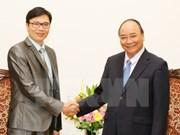 政府总理阮春福会见法国越裔专家与科学协会主席阮德姜