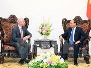 阮春福总理会见国际货币基金组织驻越首席代表乔纳森•邓恩