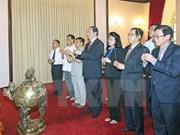越南国家主席陈大光敬香缅怀胡志明主席