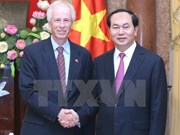 越南国家主席陈大光会见加拿大外交部长斯特凡纳•迪翁