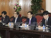 越南政府副总理王廷惠会见日本关西地区经济联盟代表团