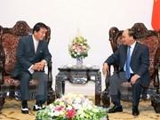阮春福总理会见越日关系特别大使杉良太郎
