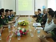 越南与加拿大加强军队医院医疗合作